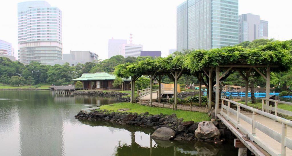 Hama Rikyu Gardens, Tokyo, Japan | Footsteps of a Dreamer