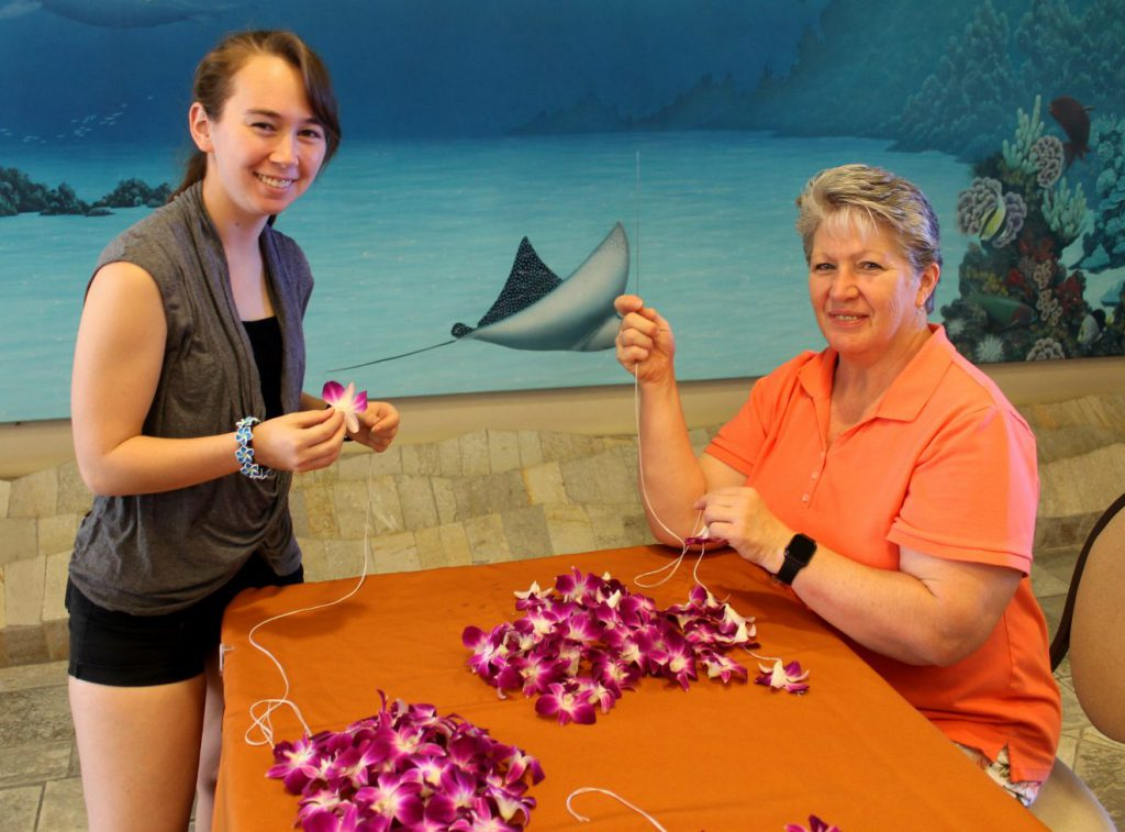 Lei Making at Outrigger Reef Waikiki Beach Resort | Footsteps of a Dreamer