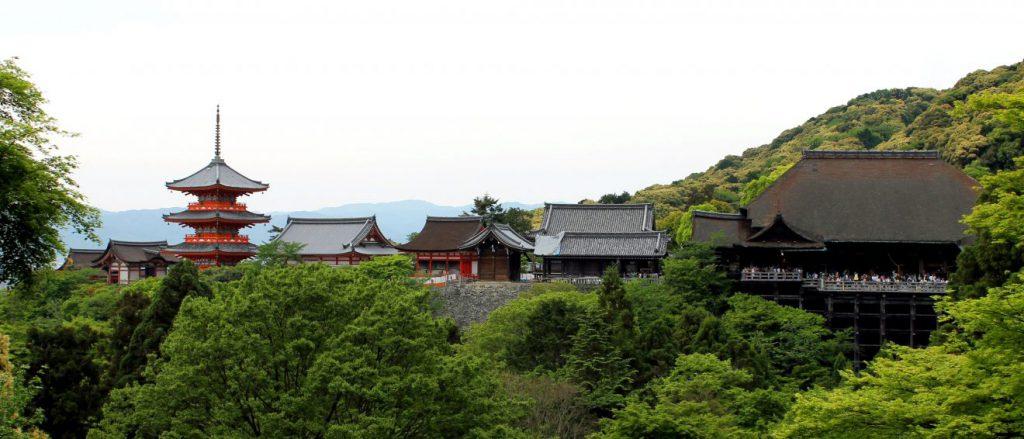 Kiyomizu-dera - Temple in Kyoto