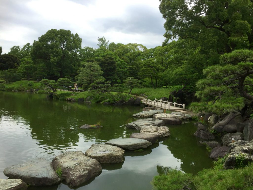 Kiyosumi Teien, Tokyo, Japan | Footsteps of a Dreamer