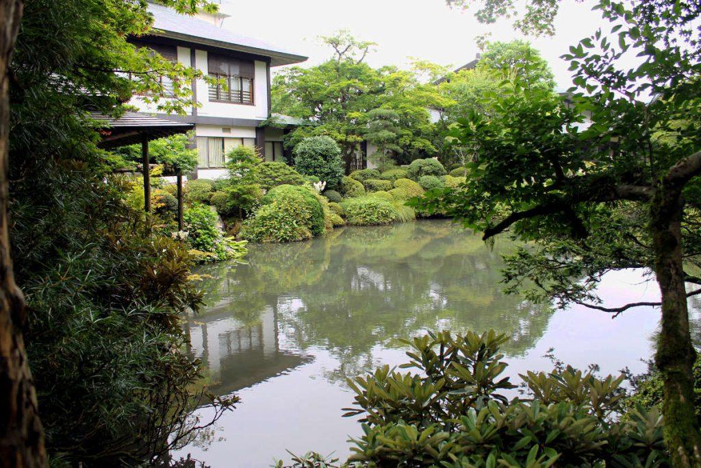 Things to do in Nikko Japan: Shoyoen Garden | Footsteps of a Dreamer