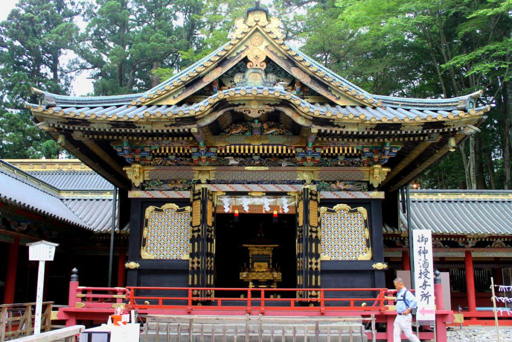 Things to do in Nikko Japan: Toshogu Shrine | Footsteps of a Dreamer