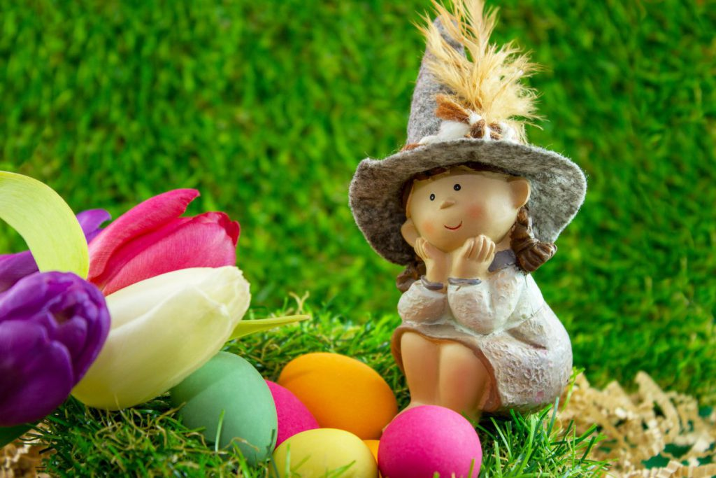 Easter Around the World | Footsteps of a Dreamer