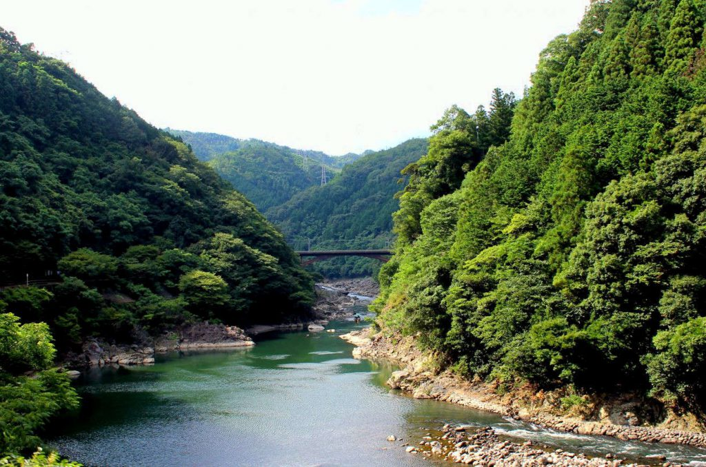 Sagano Scenic Railway | Footsteps of a Dreamer