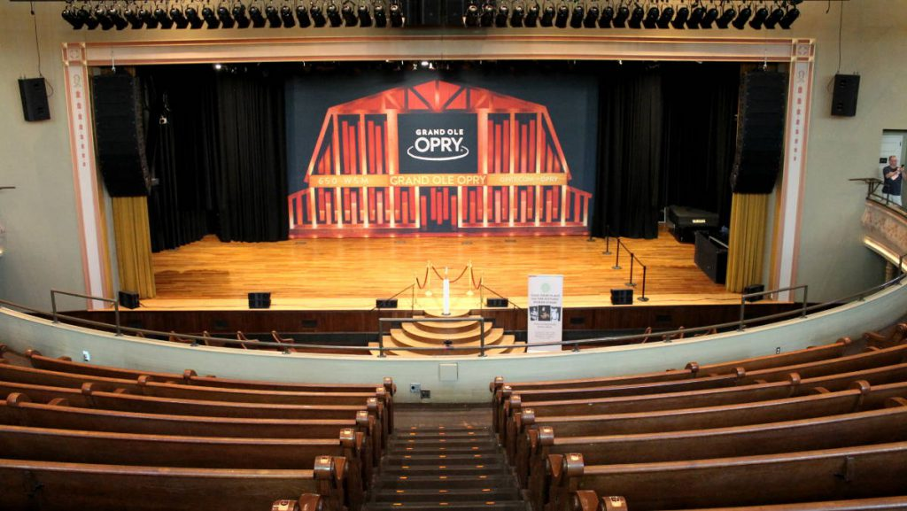 Ryman Theater - Tour | Footsteps of a Dreamer