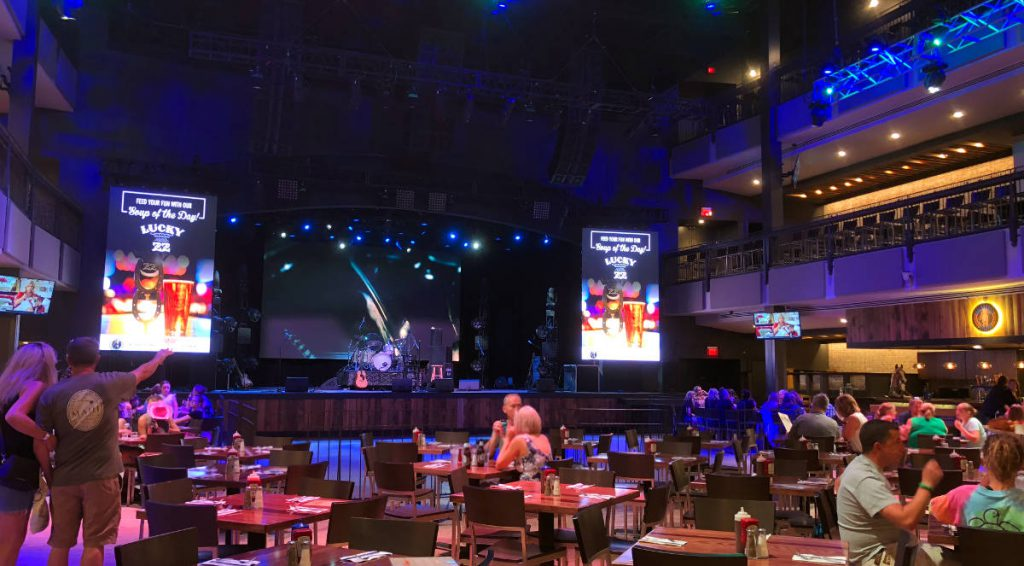 Wildhorse Saloon | Footsteps of a Dreamer