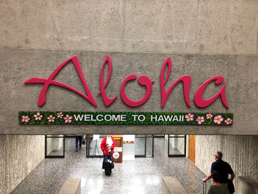 Arrive in Hawaii   Footsteps of a Dreamer