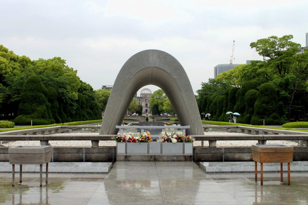 Cenotaph and Peace Flame | Footsteps of a Dreamer