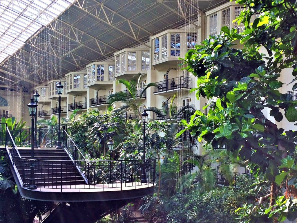 Gaylord Opryland Resort | Footsteps of a Dreamer