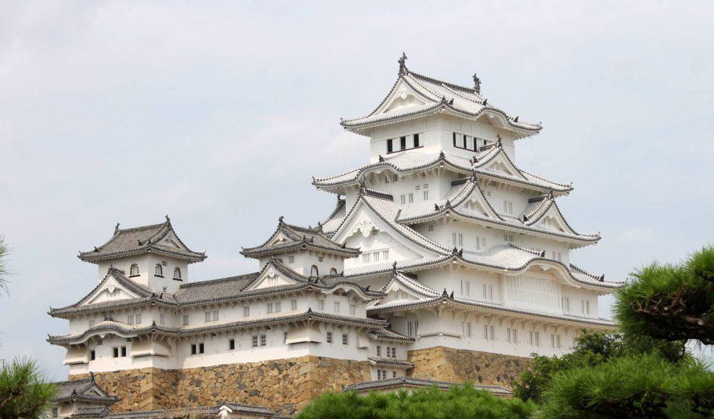 Himeji Castle Exterior | Footsteps of a Dreamer