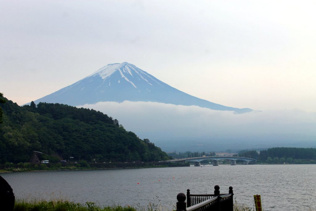 Kawaguchiko Lake Mt. Fuji   Footsteps of a Dreamer